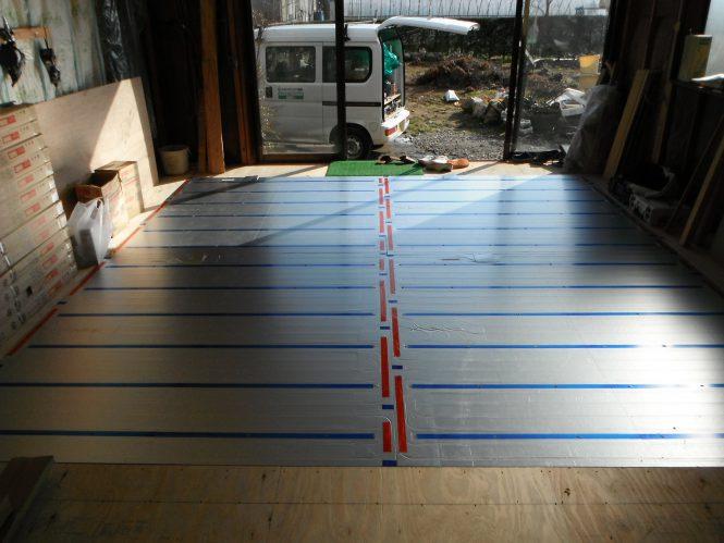 リビング部分 床暖房パネル敷設状況